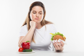 あなたはまだ、『食べないダイエット』続けますか?